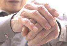 Thoái hóa khớp bàn tay ở người cao tuổi