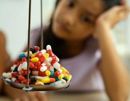 Để biết uống thuốc lúc nào tốt nhất, cần tham khảo ý kiến của dược sĩ
