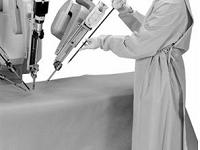 Sử dụng robot trong phẫu thuật thay khớp gối: một tiến bộ của y học