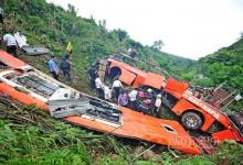 Khi chứng kiến tai nạn ô tô có nhiều người thương vong, bạn cần làm gì để có cơ hội cứu được nhiều người trước khi đội cứu hộ có mặt