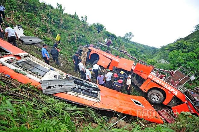 Hiện trường vụ tai nạn thảm khốc tại Bát Xát, Lào Cai ngày 1/9/2014